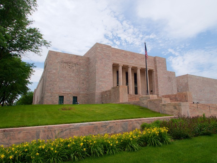 Joslyn Art Museum in the Summer