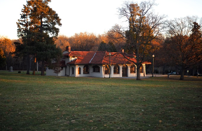 Elmwood Park Pavilion in the late afternoon sun