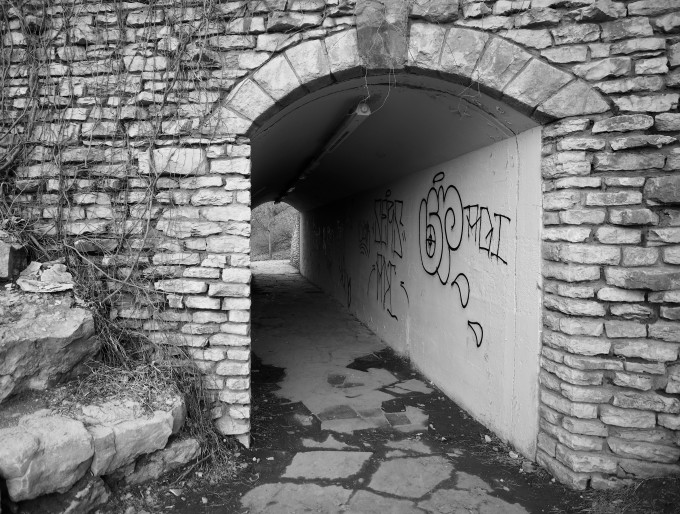 tunnel graffiti